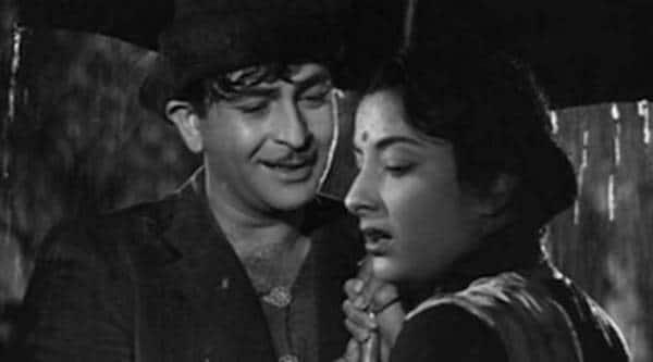 Raj Kapoor and Nargis in Shree 420 photo