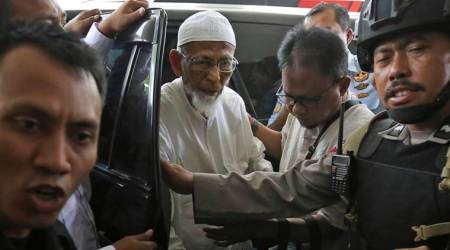Indonesia considers house arrest for ailing radical cleric