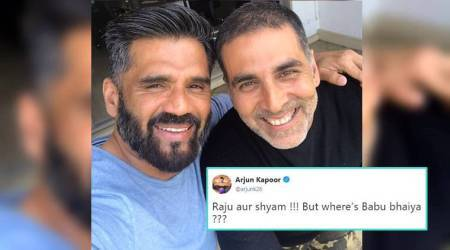 Akshay Kumar's selfie with Suniel Shetty makes fans crave for 'Hera Pheri 3'