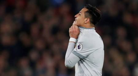 Alexis Sanchez yet to fire on all cylinders at Manchester United, admits Jose Mourinho