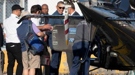 Obama in New Zealand for meetings, golf, but no public talks