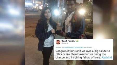 'An honest man': Twitterati applaud Bengaluru cop who helped woman retrieve her lost wallet