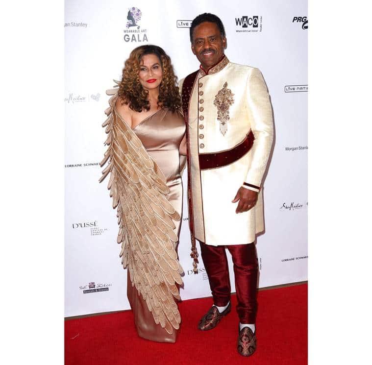 Beyonce, Beyonce latest photos, Beyonce fashion, Beyonce Falguni and Shane Peacock, Beyonce gold gown, Beyonce Wearable Art Gala, Blue Ivy gold gown, Blue Ivy fashion, indan express, indian express news