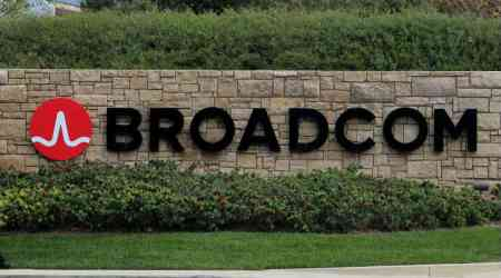 With Qualcomm saga behind it, Broadcom tops Q4 estimates