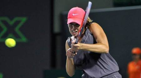 Qualifier Danielle Collins stuns idol Venus Williams to reach Miami semis