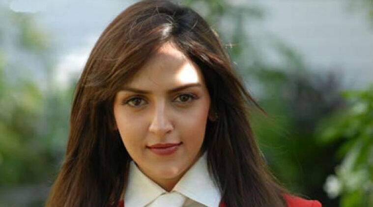 Esha Deol to make a comeback with Catwalk