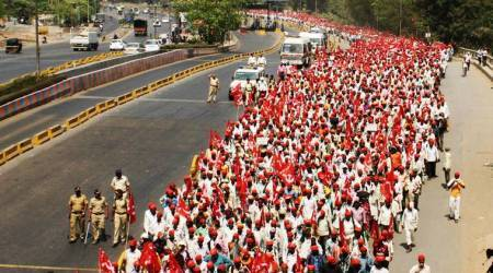 Maharashtra farmers call off protest after state says yes to demand for right to forest land, waiver of loans