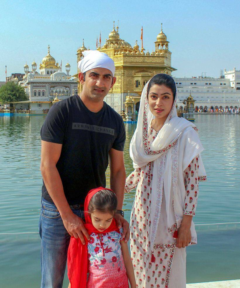 Gautam Gambhir at Golden Temple with family