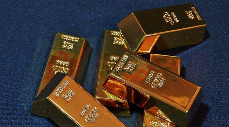funny robbery cases, robbery stories, Robber goes for gold and comes out with fake gold bars