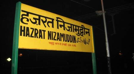 Robbers loot passengers of Ambala-bound train soon after it leaves Nizamuddinstation