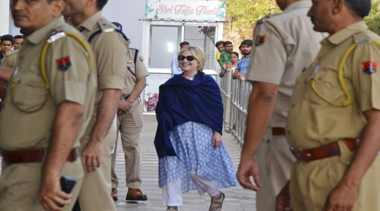 Hillary Clinton fractures wrist after fall during India visit