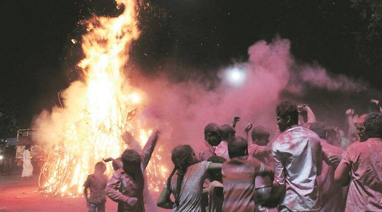 Staring at water crisis, Ahmedabad, Surat civic bodies appeal to people to opt for dry Holi