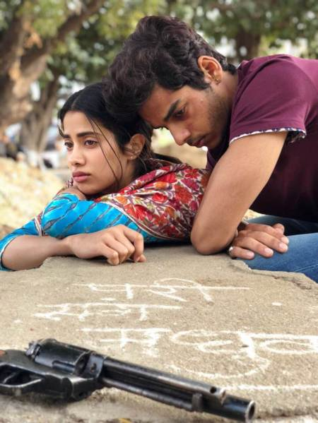 dhadak movie stills