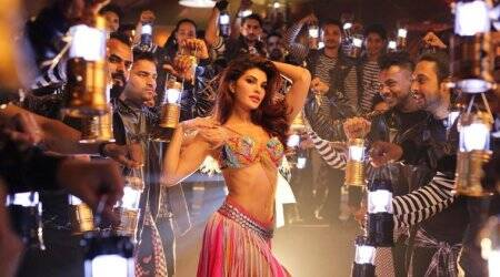 jacqueline fernandez in baaghi 2 song ek do teen