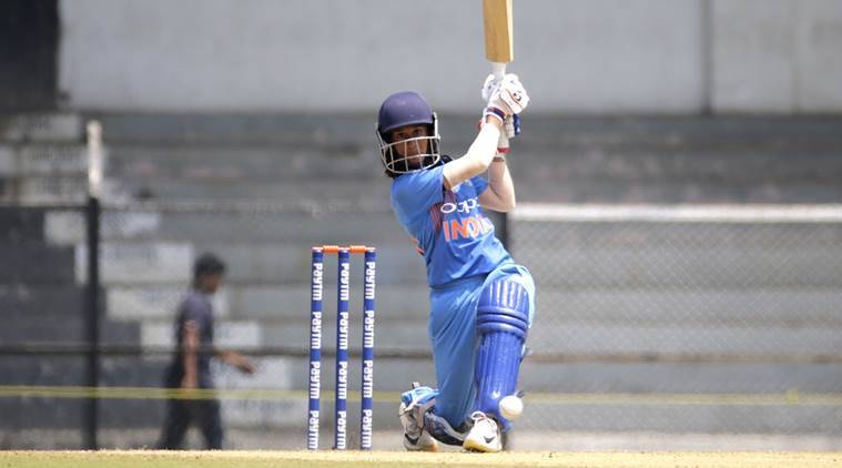 Mandhana, spinners star as impressive India thump Australia