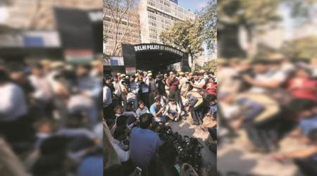 Day after violence at JNU protest, women commissions lash out atcops