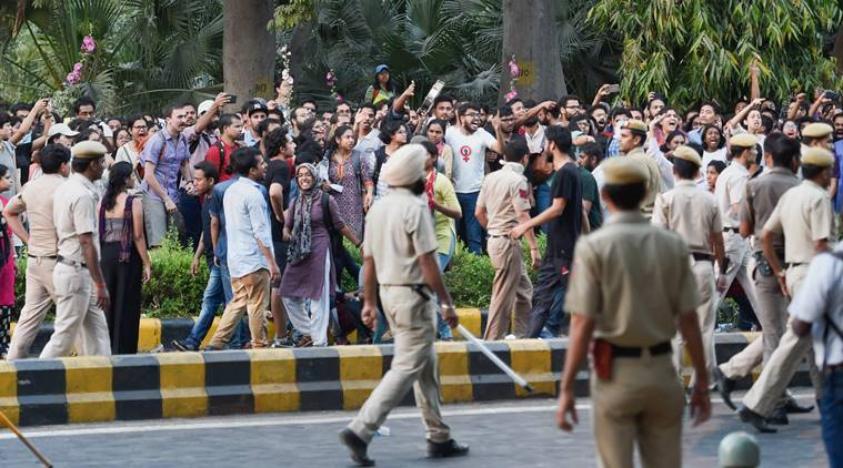 Delhi Police apologises for manhandling journalist covering JNU protest