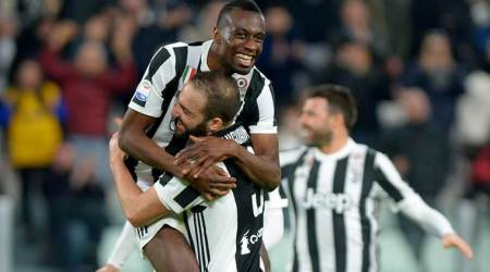 Juventus beat Atalanta 2-0 to open up four-point lead