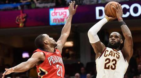 NBA: LeBron James passes Michael Jordan with 867th straight double-digit game