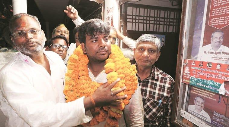 Samajwadi Party, Nishad Party protest after Gorakhpur MP injured in police lathi-charge