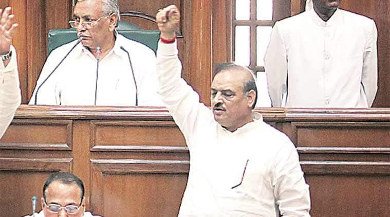 BJP MLA O P Sharma, O P Sharma, Delhi Assembly, Speaker Ram Niwas Goel, Leader of Opposition Vijender Gupta, Delhi News, Latest Delhi News, Indian Express, Indian Express News