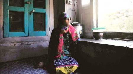 Two years after pellets left her blinded, Kashmir teenager back in school