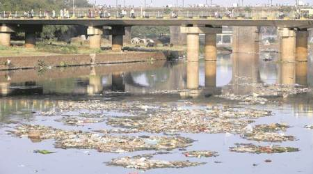 Water pollution, natural algae, University of Brescia, activated carbon, atmospheric pollution, particulate matter, alginate, waste-water remediation, natural polymers, Punjab