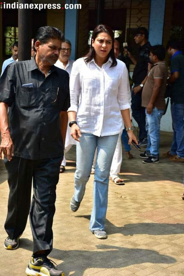 priya dutt at shammi funeral