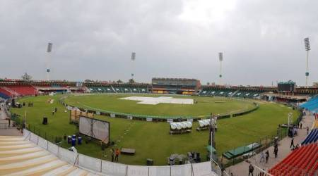 PSL Live Score Peshawar Zalmi vs Quetta Gladiators Live Streaming: Covers have come off in Lahore