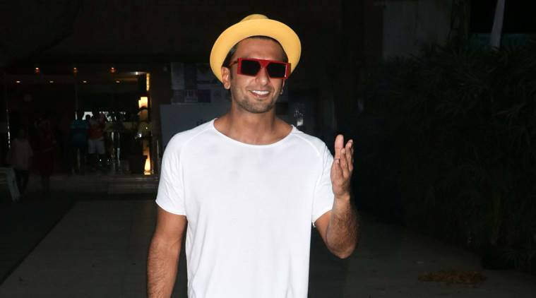 Ranveer Singh, Ranveer Singh lungi, women's day, Ranveer Singh fashion, Ranveer Singh style, Ranveer Singh latest photos, Ranveer Singh latest news, Ranveer Singh updates, Ranveer Singh pictures, Ranveer Singh images, celeb fashion, bollywood fashion, indian express, indian express news