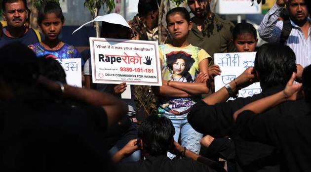 Rape Roko Campaign: People gather to protest against increasing rape cases in Delhi