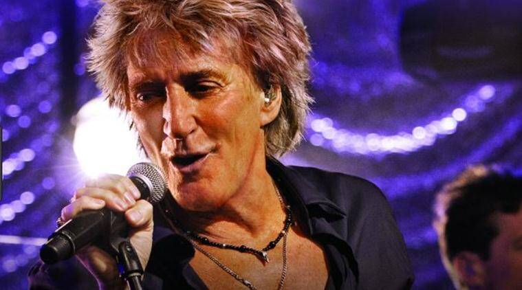 Rod Stewart hits out at 'dishonest' Elton John retirement tour