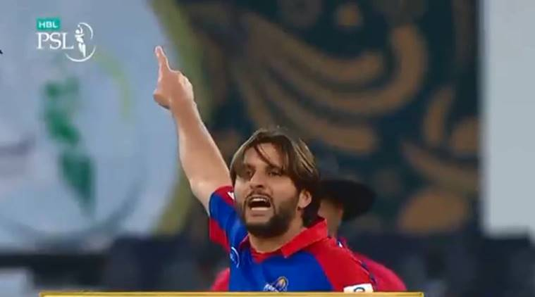 Shahid Afridi apologises to young Pakistani batsman for aggressive send-off during PSL match