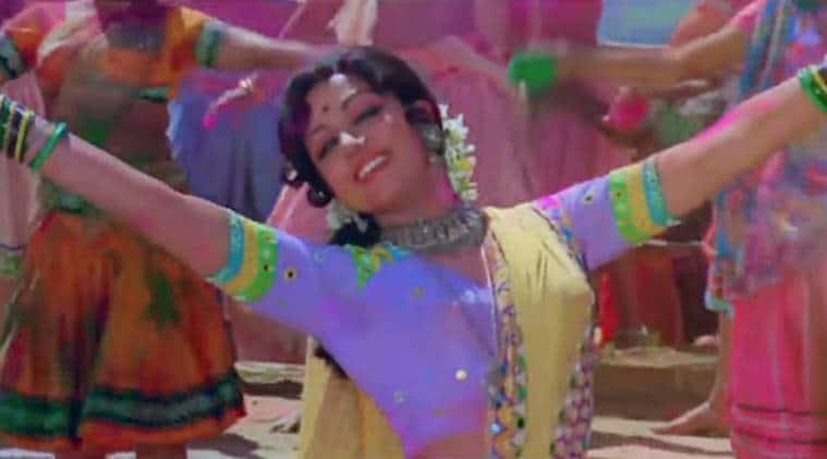 Sholay holi song