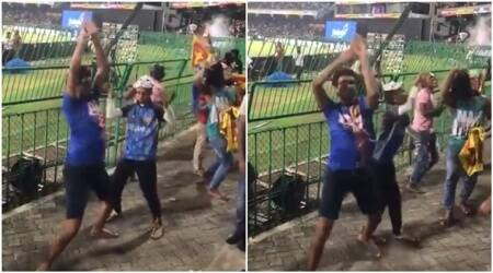 dinesh karthik nidahas trophy 2018, dinesh karthik sixer, dinesh karthik naagin dance, naagin dance bangaldesh cricket, naagin dance by sri lanka fan, sri lanka fan naagin dance viral video after India wins, Indian Express, Indian Express news