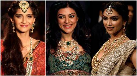Match your sari with the rightjewellery