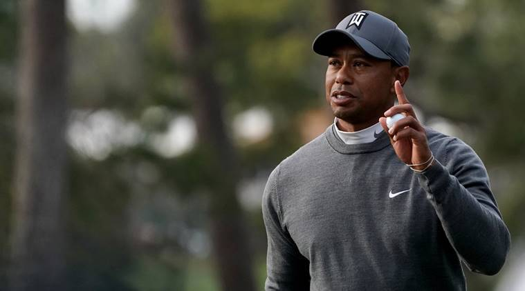 Tiger tied for eighth after one round at Valspar