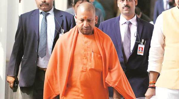 SC asks magistrate to pass appropriate order in rioting case against Yogi Adityanath