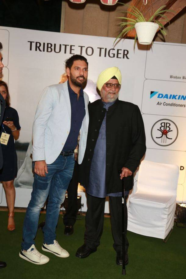 Yuvraj Singh, Virender Sehwag and other cricketers pay tribute to Tiger Pataudi