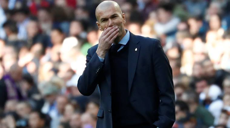 Zinedine Zidane: 'Real Madrid still in title race'