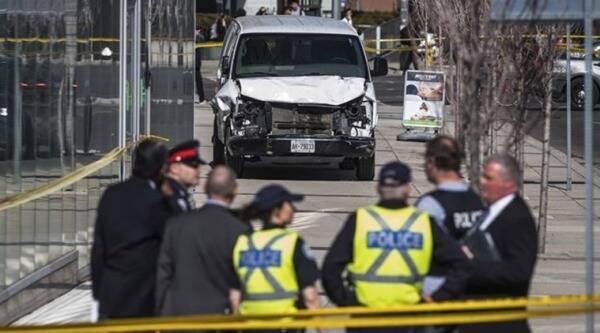Witnesses describe horror as Toronto van crash leaves 10 pedestrians dead, 15 injured