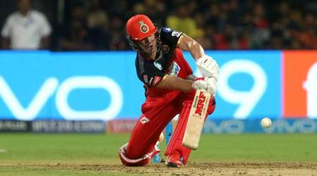 AB de Villiers clears Chinnaswamy Stadium with biggest six of IPL 2018, watch video
