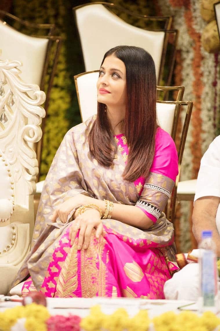 aishwarya rai bachchan receives woman of substance title from bunt community karnataka