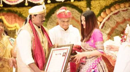 Aishwarya Rai Bachchan honoured with the Woman of Substance title