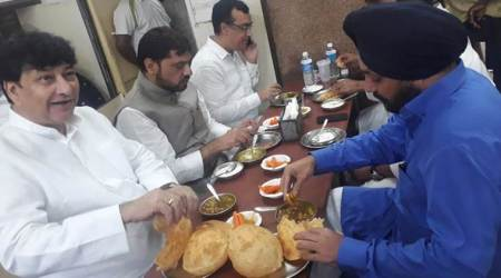 Delhi: Congress kicks off day-long hunger strike with some breakfast