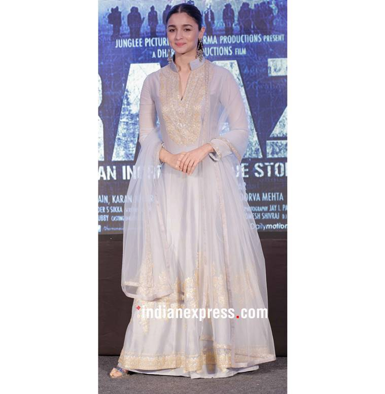 Alia Bhatt, Alia Bhatt latest photos, Alia Bhatt Raazi promotions, Alia Bhatt fashion, Alia Bhatt Manish Malhotra, Alia Bhatt anarkali, Alia Bhatt ethnic fashion, Alia Bhatt Raazi ethnic fashion, indian express, indian express news