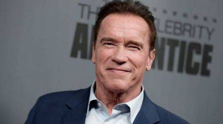 "Arnold Schwarzenegger tweets ""I'm back"" after heart surgery"