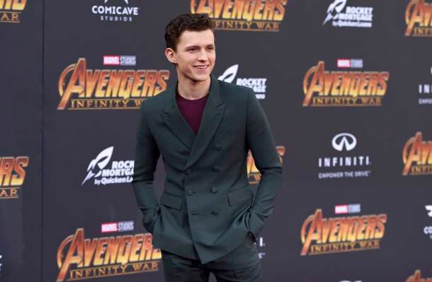 Tom Holland avengers infinity war spiderman