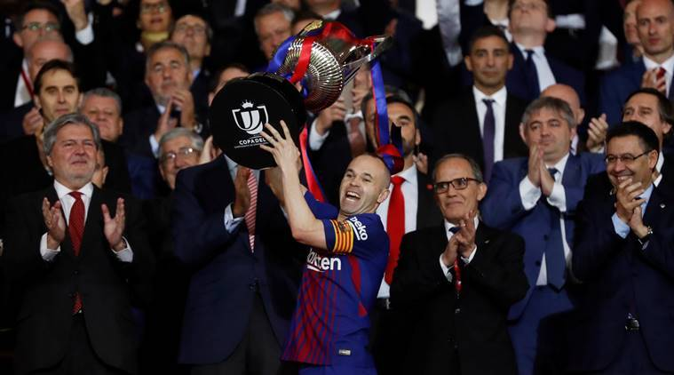 Barcelona star Andres Iniesta to make announcement on future imminently