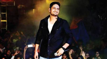 'Bulleya' hitmaker Amit Mishra wants to sing for HrithikRoshan